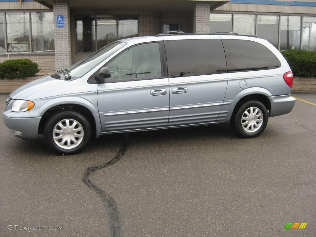 2003 Town & Country LXi - Butane Blue Pearl / Gray photo #1