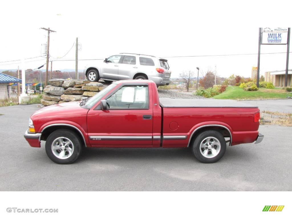 2002 dark cherry red metallic chevrolet s10 ls regular cab 21132679 car color. Black Bedroom Furniture Sets. Home Design Ideas