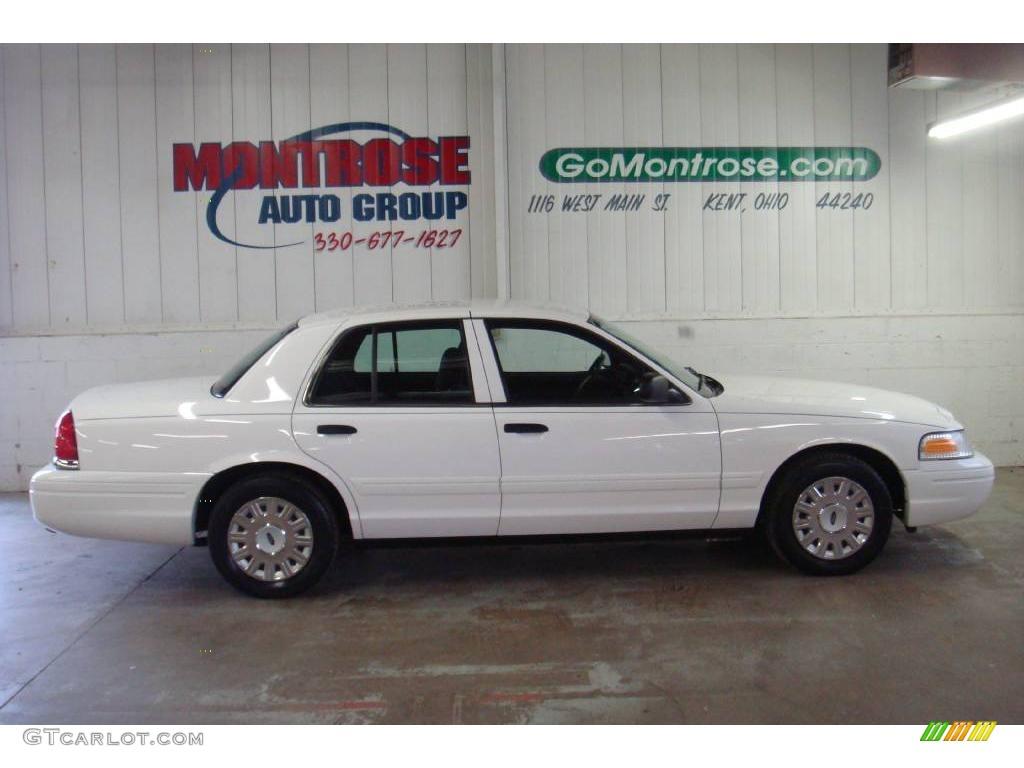 Vibrant White Ford Crown Victoria LX GTCarLotcom - 2004 crown victoria