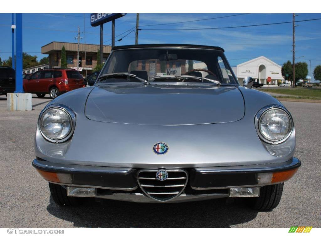 Silver 1971 Alfa Romeo 2000 Spider Veloce Roadster ...