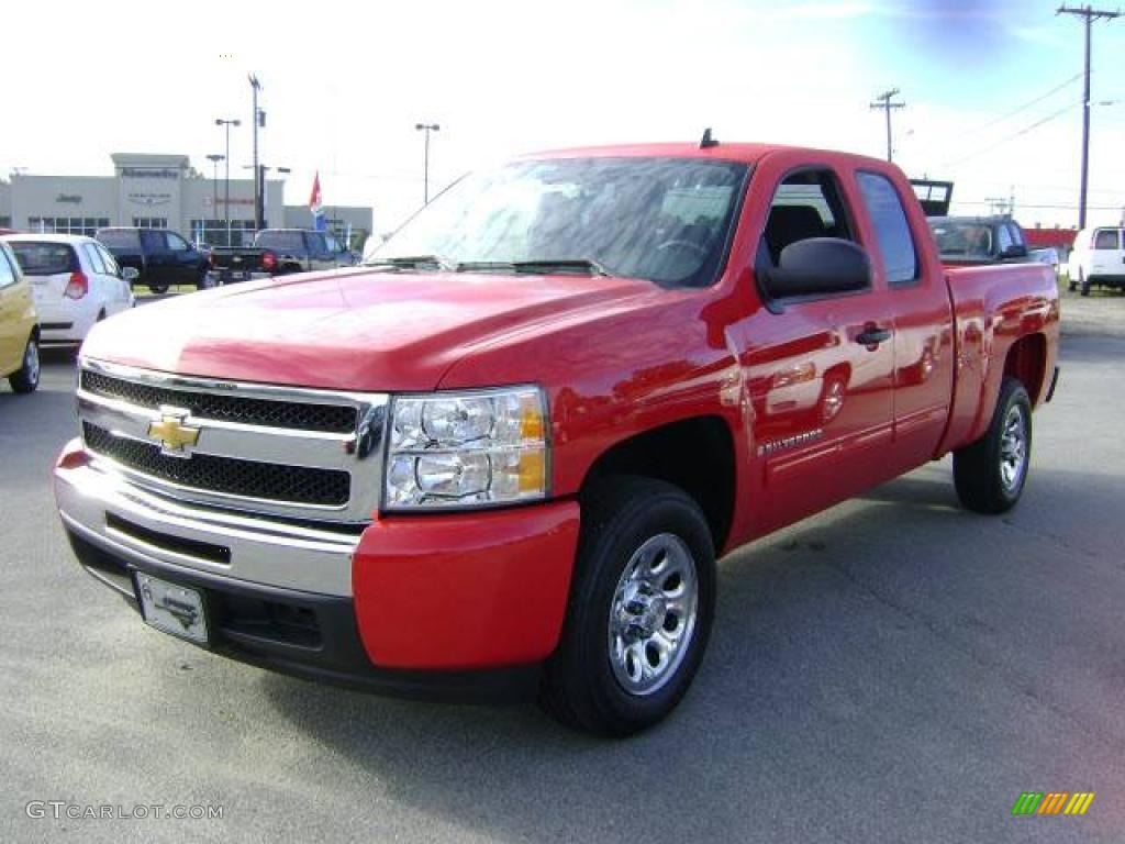 2009 Silverado 1500 LT Extended Cab - Victory Red / Ebony photo #1