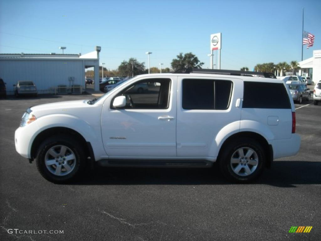 2009 avalanche white nissan pathfinder se 4x4 21245278 gtcarlot avalanche white nissan pathfinder vanachro Image collections