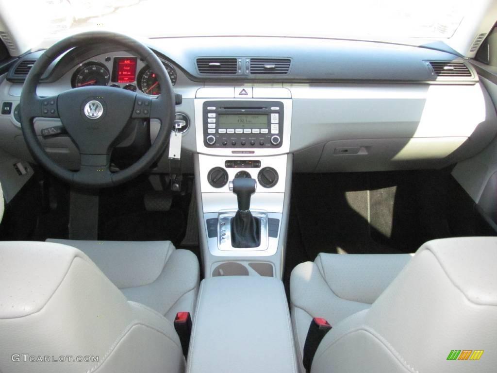 2009 Cobalt Blue Metallic Volkswagen Passat Komfort Sedan 21302752 Photo 5