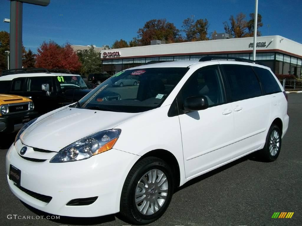 2008 arctic frost pearl toyota sienna le awd 21381365. Black Bedroom Furniture Sets. Home Design Ideas