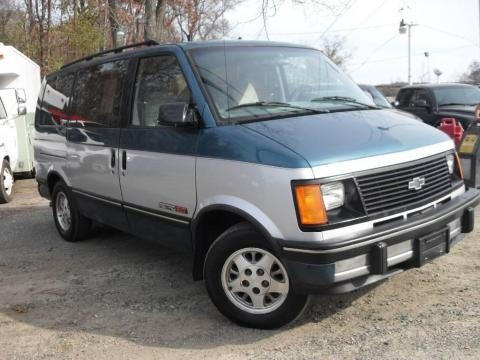 1993 Chevrolet Astro EXT Data, Info and Specs