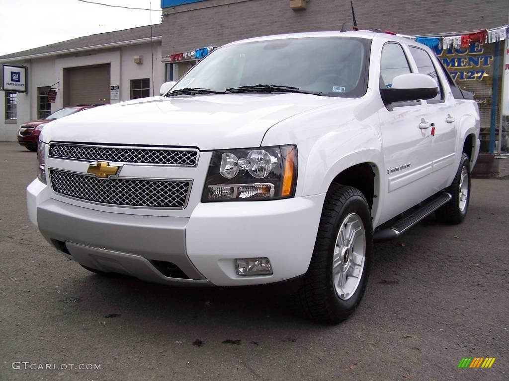 2009 summit white chevrolet avalanche z71 4x4 21447317 photo 3 car color. Black Bedroom Furniture Sets. Home Design Ideas