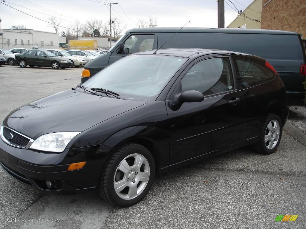 2005 pitch black ford focus zx3 ses coupe 21458622 car color galleries. Black Bedroom Furniture Sets. Home Design Ideas