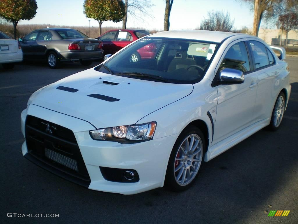 wicked white mitsubishi lancer evolution