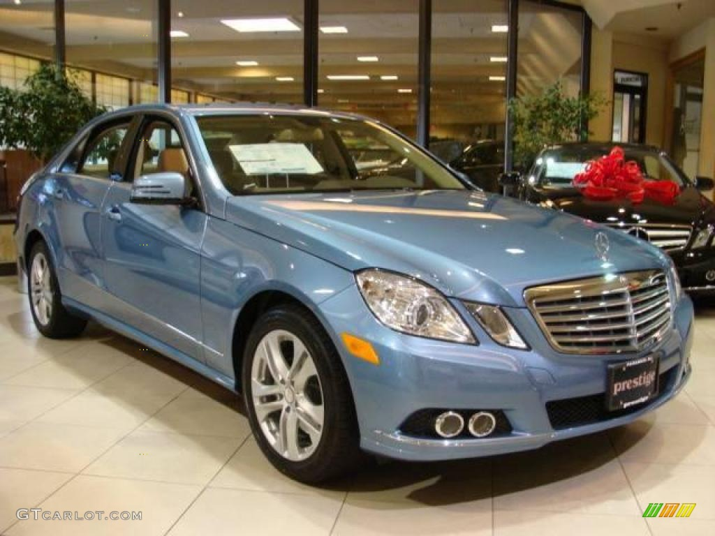 2010 quartz blue metallic mercedes benz e 350 4matic sedan. Black Bedroom Furniture Sets. Home Design Ideas