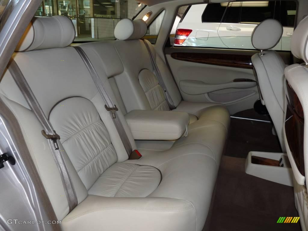 2002 platinum metallic jaguar xj vanden plas 21697388 photo 24 car color. Black Bedroom Furniture Sets. Home Design Ideas