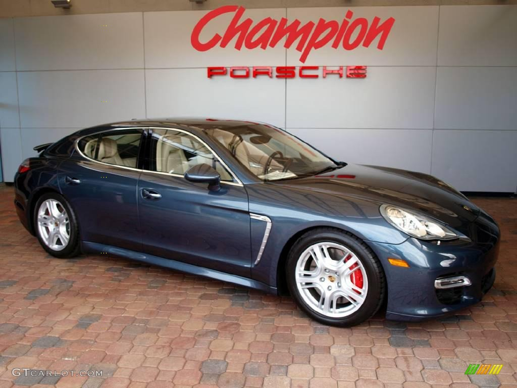 Yachting Blue Metallic Porsche Panamera Turbo