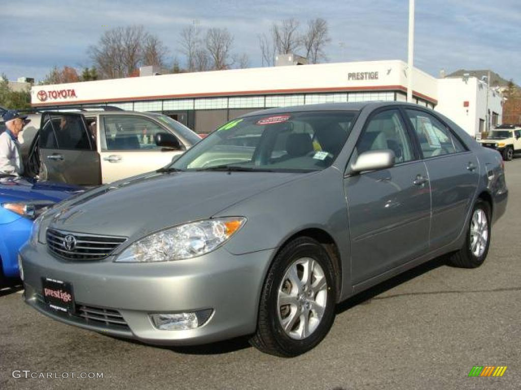 2006 mineral green opal toyota camry xle v6 21773446. Black Bedroom Furniture Sets. Home Design Ideas