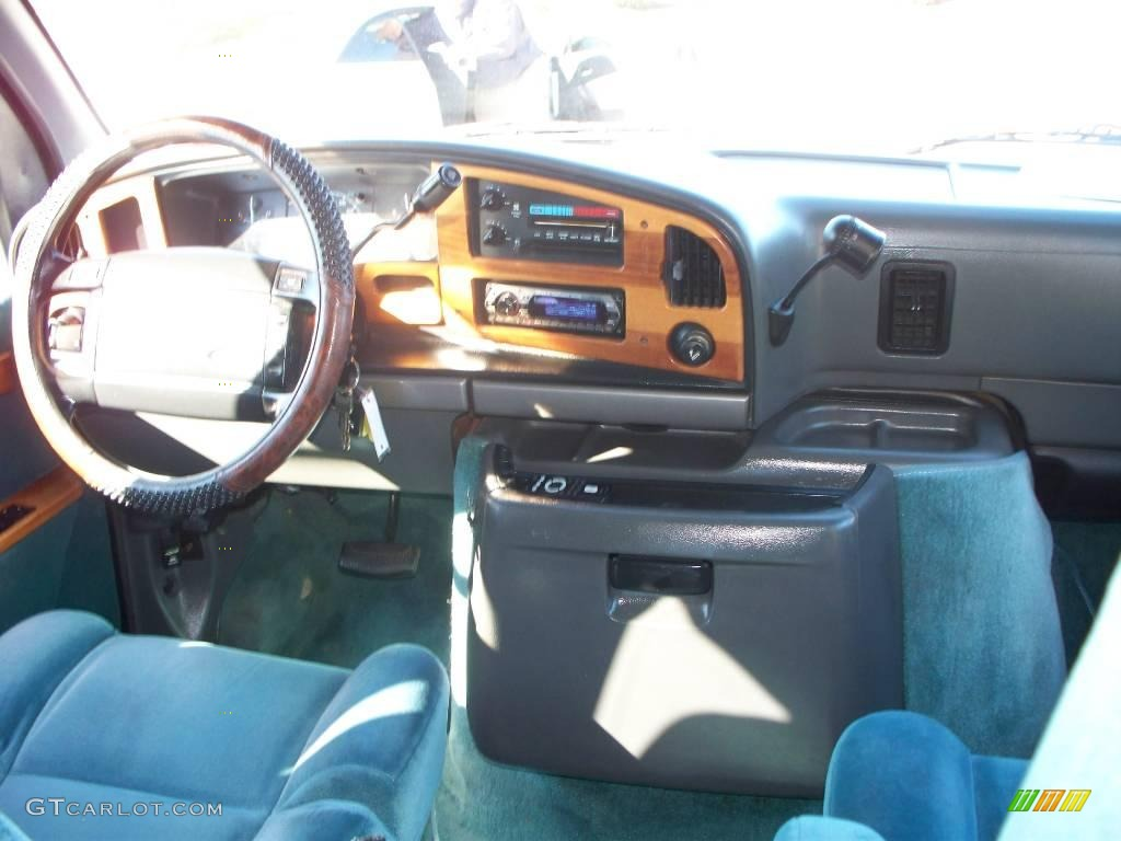 1994 econoline e150 custom van black mark iii blue photo 17