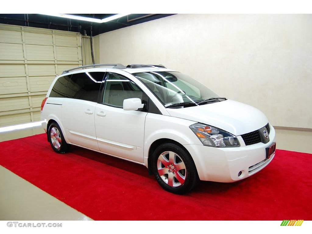 Nordic white pearl nissan quest