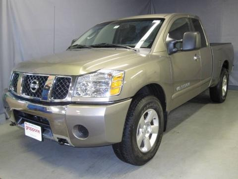 2007 nissan titan xe king cab 4x4 data info and specs. Black Bedroom Furniture Sets. Home Design Ideas