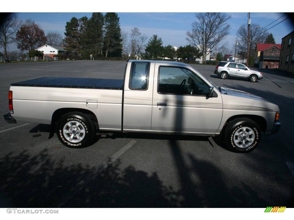 1997 beige metallic nissan hardbody truck xe extended cab. Black Bedroom Furniture Sets. Home Design Ideas
