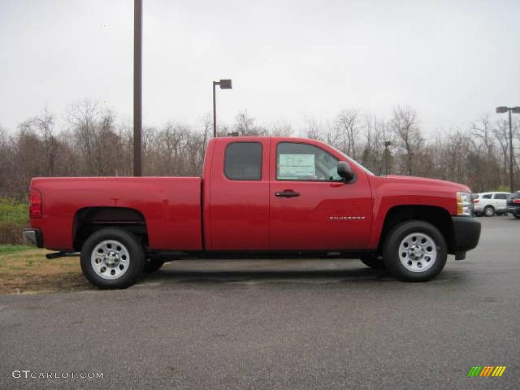 2009 Silverado 1500 Extended Cab - Victory Red / Dark Titanium photo #4