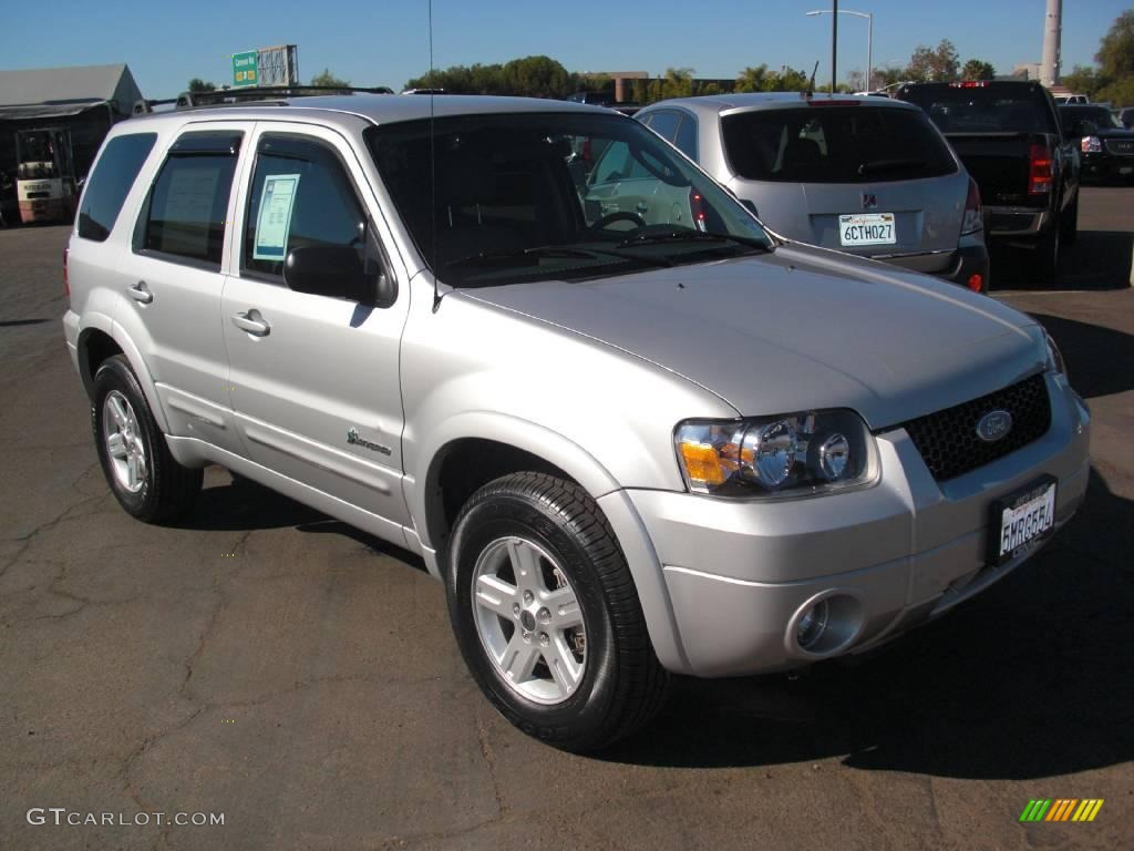 2005 Escape Hybrid Silver Metallic Medium Dark Flint Grey Photo 1