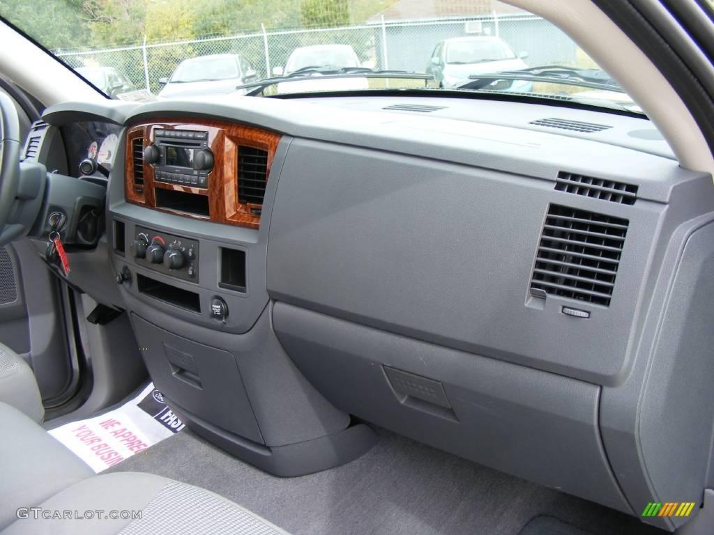 2006 Ram 1500 SLT Quad Cab - Mineral Gray Metallic / Medium Slate Gray photo #28