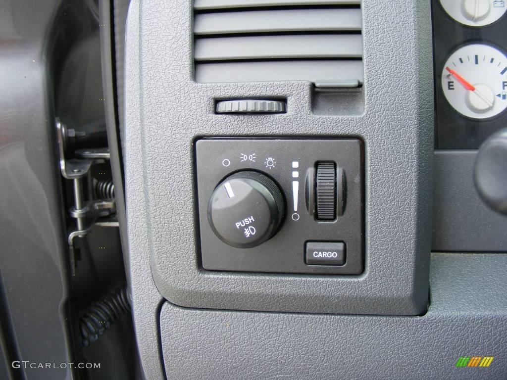 2006 Ram 1500 SLT Quad Cab - Mineral Gray Metallic / Medium Slate Gray photo #46