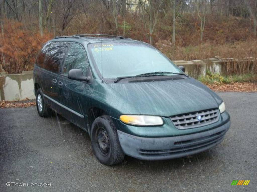 Forest green pearl plymouth voyager