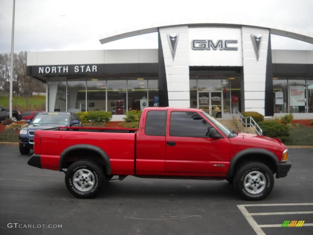 1995 Victory Red Chevrolet S10 Ls Extended Cab 4x4 22553484