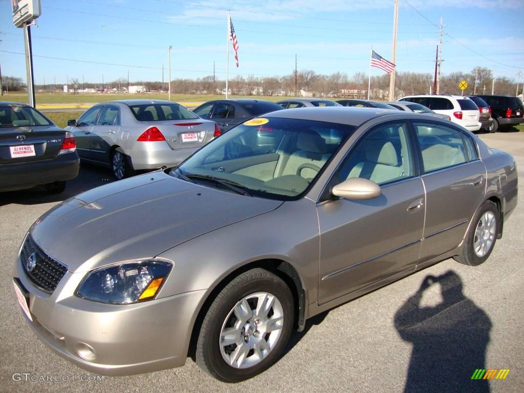 2006 coral sand metallic nissan altima 25 s special edition coral sand metallic nissan altima vanachro Choice Image