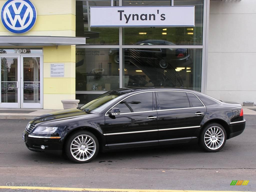 2004 Black Volkswagen Phaeton V8 4Motion Sedan #22681677 | GTCarLot.com - Car Color Galleries