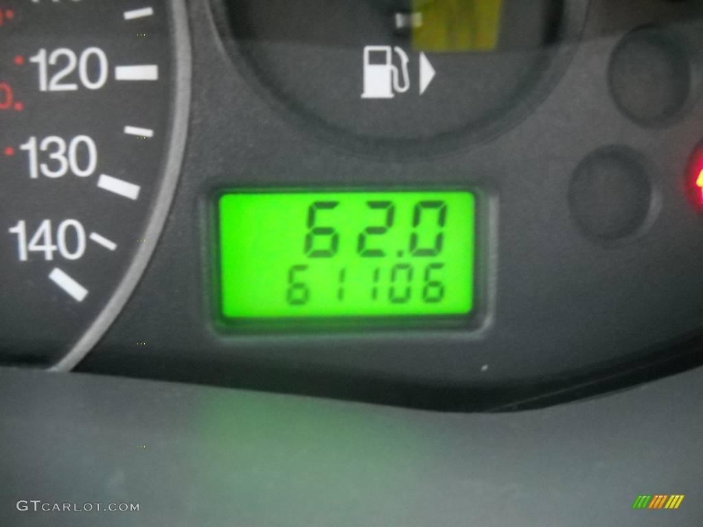 2005 Focus ZX4 S Sedan - Pitch Black / Dark Flint/Light Flint photo #25