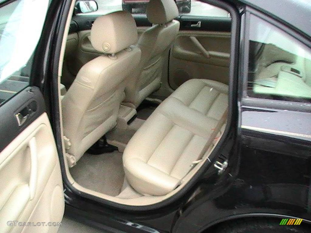 2000 black magic volkswagen passat gls 1 8t sedan 22885550 photo 4 car color for Volkswagen passat 2000 interior
