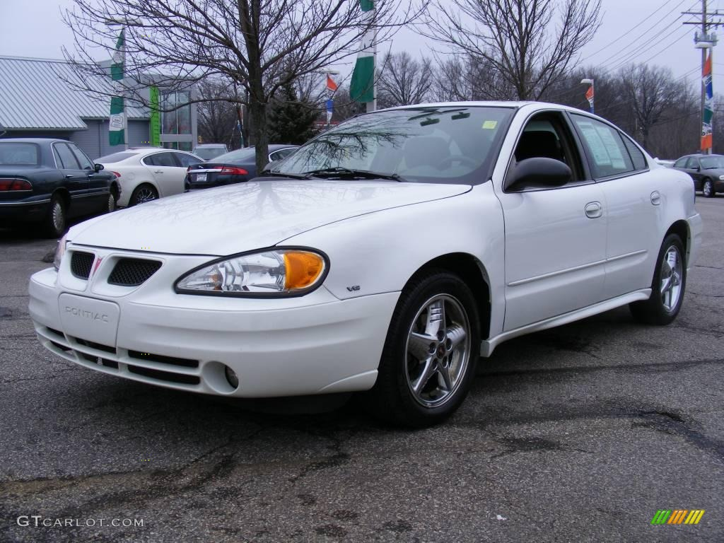 2004 summit white pontiac grand am se sedan 22904507 car color galleries. Black Bedroom Furniture Sets. Home Design Ideas