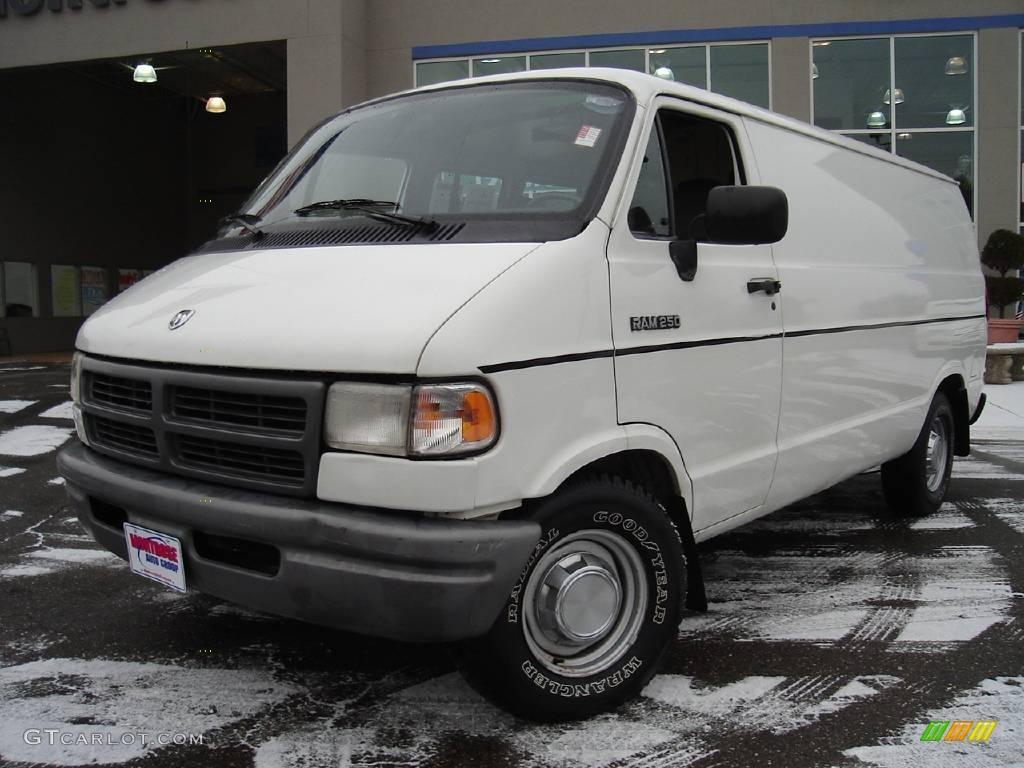 1994 bright white dodge ram van b250 cargo 22911708 car color galleries. Black Bedroom Furniture Sets. Home Design Ideas