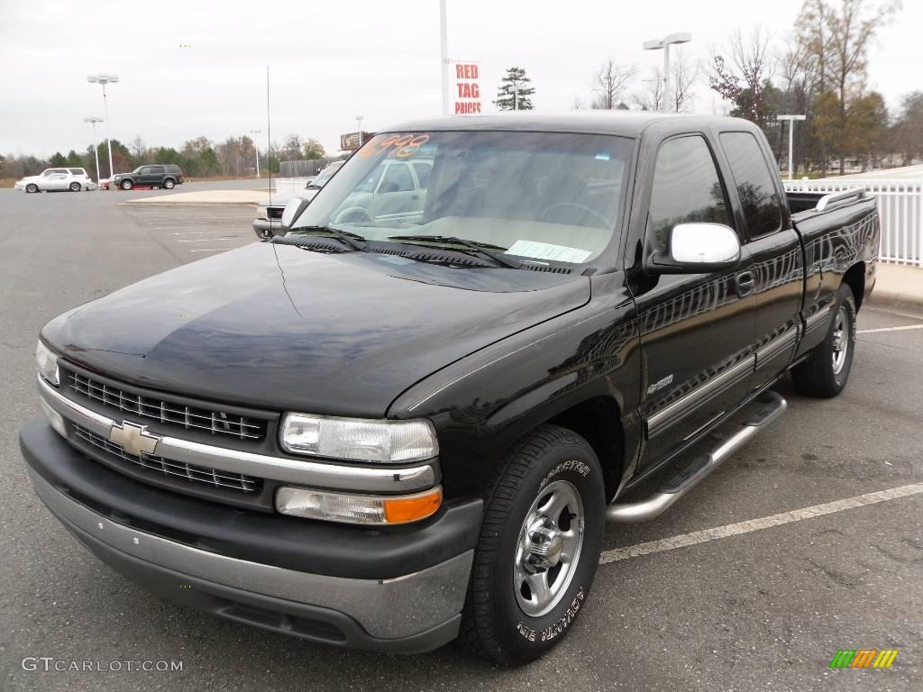 2002 Silverado 1500 LT Extended Cab - Onyx Black / Tan photo #1