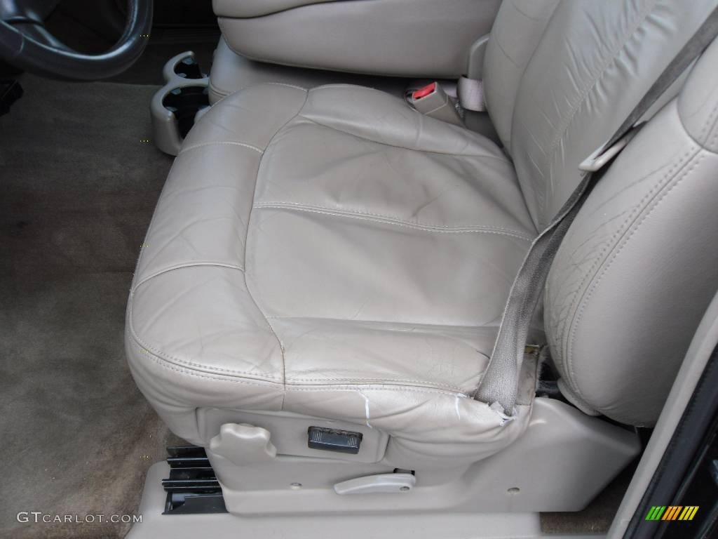 2002 Silverado 1500 LT Extended Cab - Onyx Black / Tan photo #8