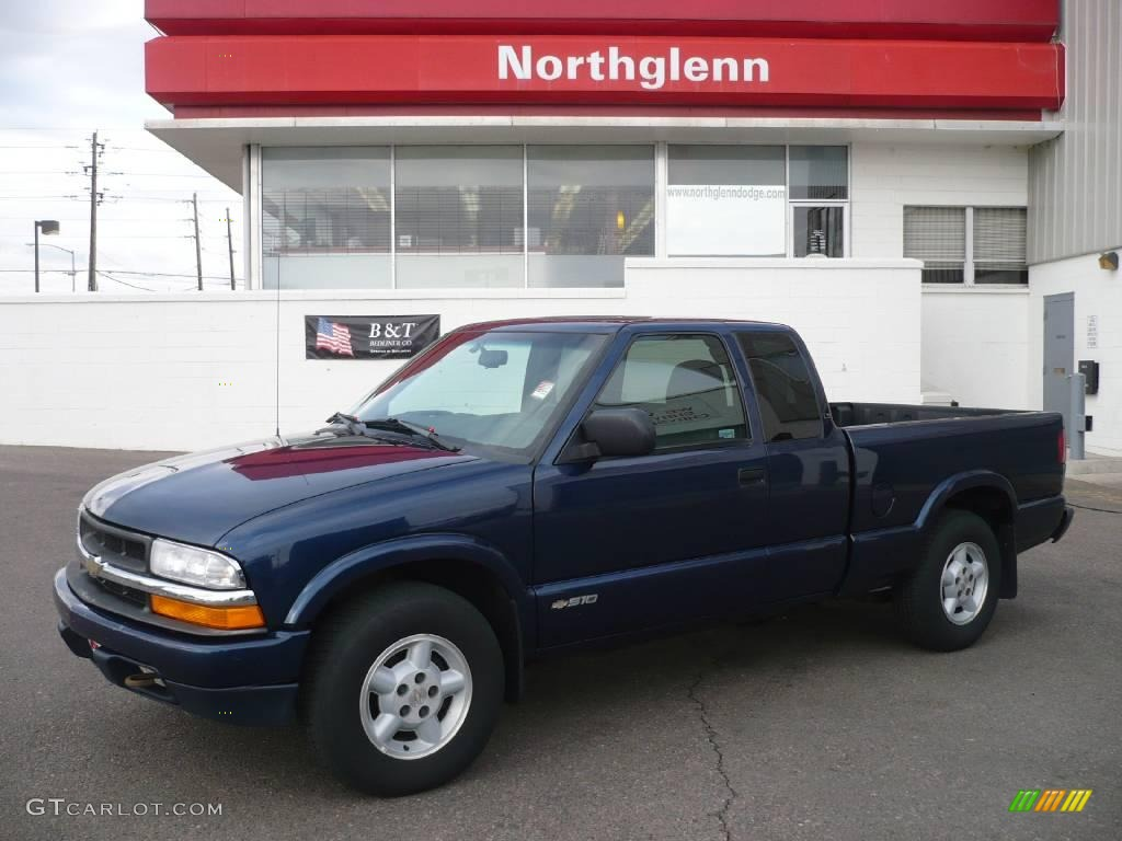 Indigo blue metallic chevrolet s10