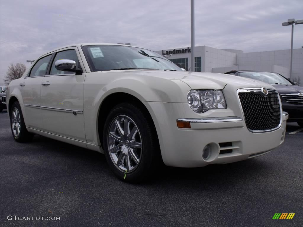 2010 cool vanilla white chrysler 300 c hemi 23177477 photo 4 car color galleries. Black Bedroom Furniture Sets. Home Design Ideas