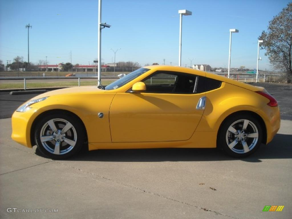2009 chicane yellow nissan 370z coupe 23399600 gtcarlot chicane yellow nissan 370z vanachro Image collections