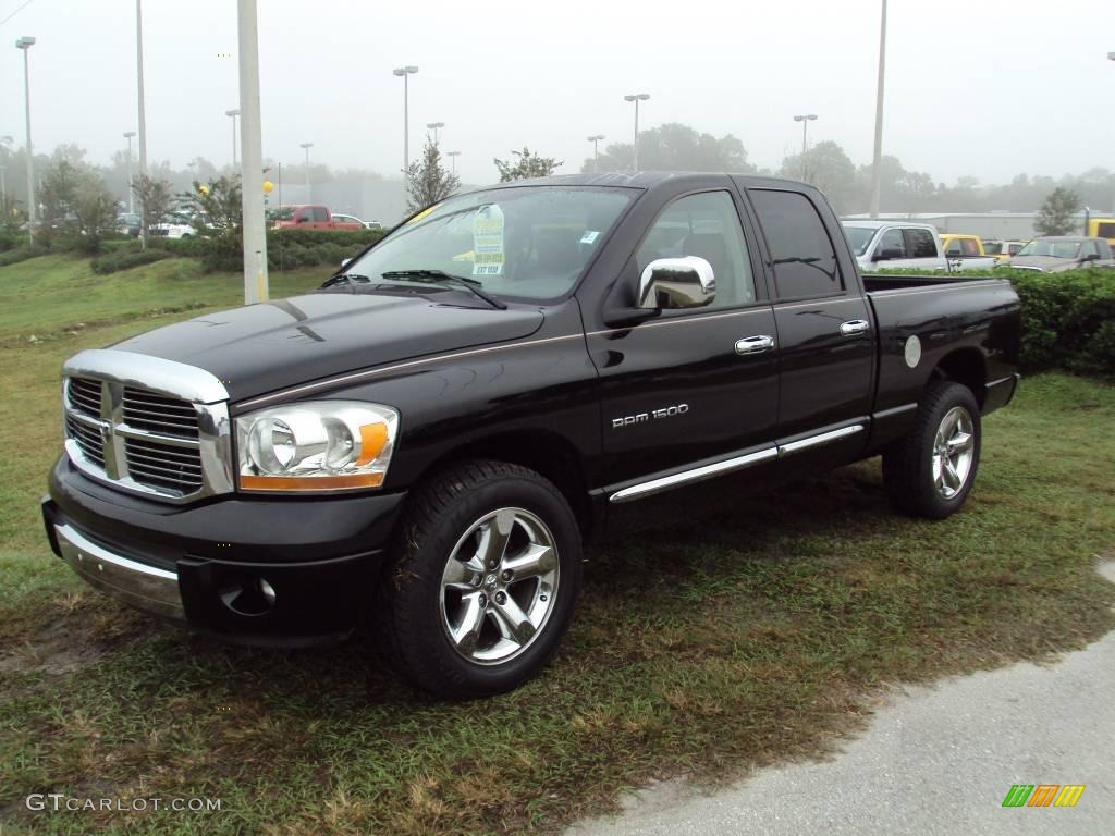 2006 Ram 1500 Laramie Quad Cab - Brilliant Black Crystal Pearl / Medium Slate Gray photo #1