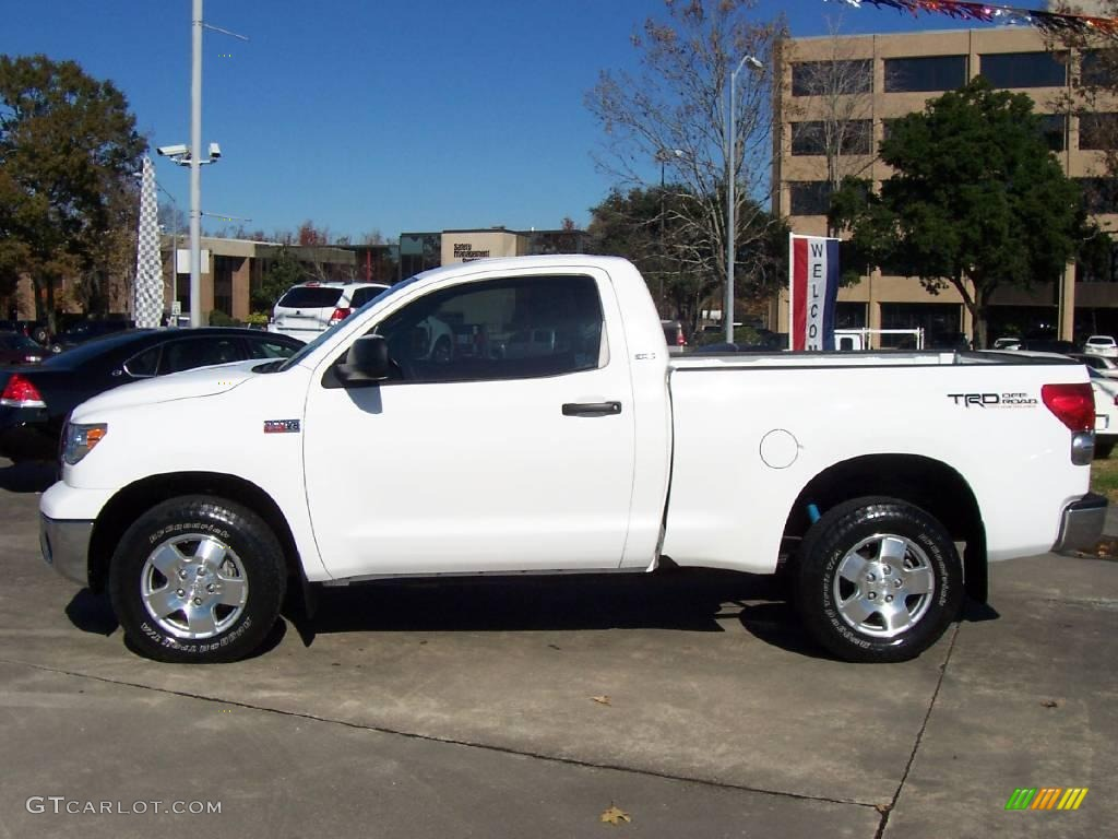 2007 super white toyota tundra trd regular cab 4x4 23657420 photo 2 car color. Black Bedroom Furniture Sets. Home Design Ideas