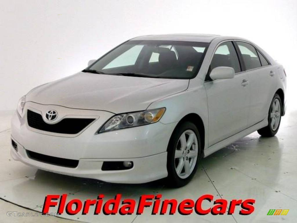 2008 classic silver metallic toyota camry se 23645713 car color galleries. Black Bedroom Furniture Sets. Home Design Ideas