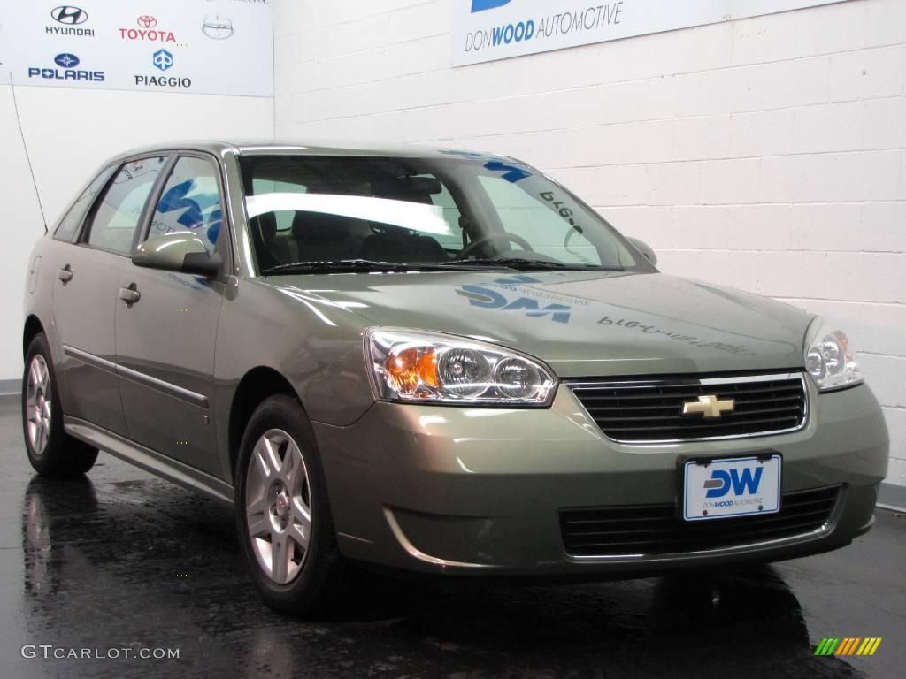2006 silver green metallic chevrolet malibu maxx lt wagon. Black Bedroom Furniture Sets. Home Design Ideas