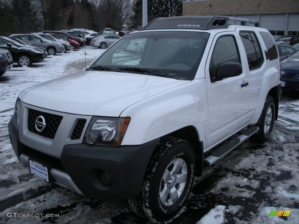 2009 avalanche white nissan xterra s 4x4 24198310. Black Bedroom Furniture Sets. Home Design Ideas