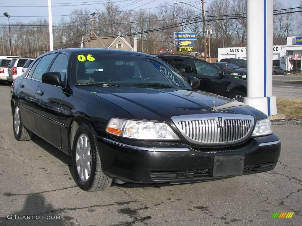Black Lincoln Town Car Executive L