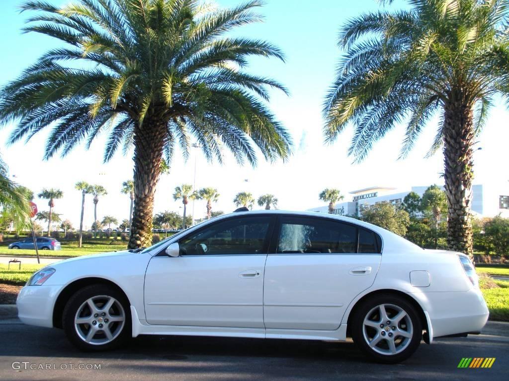 Marvelous Satin White Pearl Nissan Altima. Nissan Altima 3.5 SE