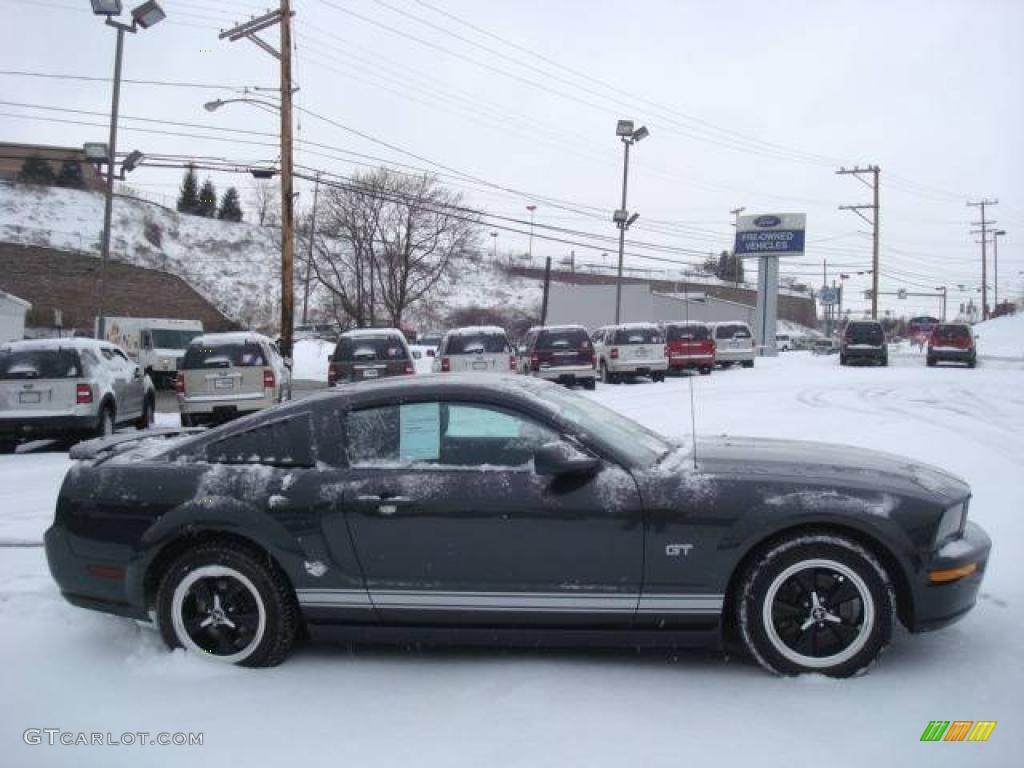 2007 Mustang GT Deluxe Coupe - Alloy Metallic / Dark Charcoal photo #1
