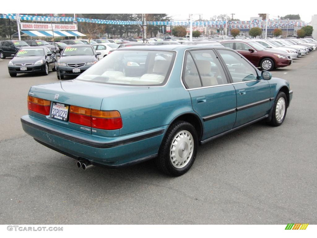 Honda Accord Doors furthermore D Honda Accord Cyl Coolant Reservoir Empty White Smoke Via Ac Vents Radiator Fan Switch likewise Honda Accord Ex Wagon Door L also D Accord Engine Cleaning Img as well . on 1991 honda accord green
