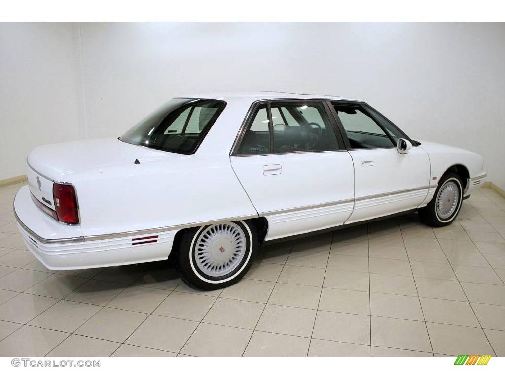 1995 bright white oldsmobile ninety eight elite 24493765 photo 6 car color. Black Bedroom Furniture Sets. Home Design Ideas