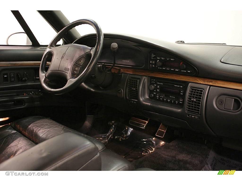 1995 bright white oldsmobile ninety eight elite 24493765 photo 14 car color. Black Bedroom Furniture Sets. Home Design Ideas