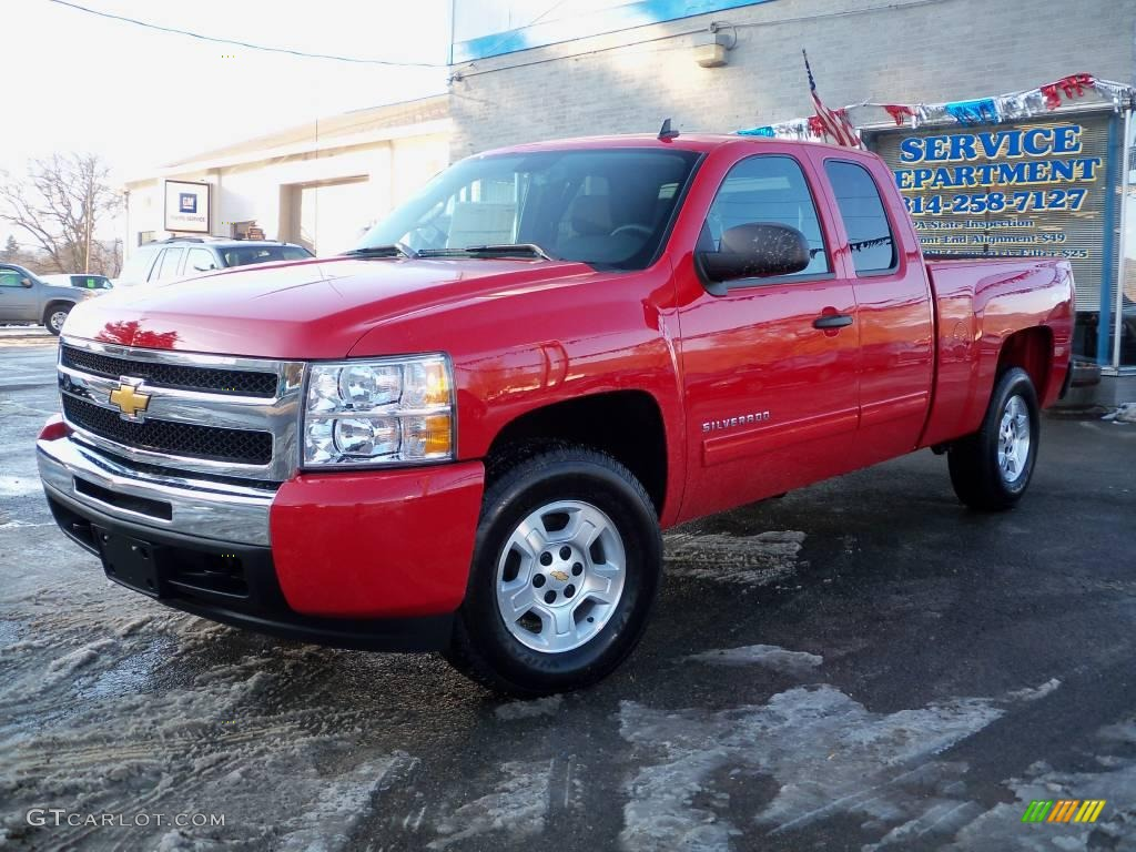 2009 Silverado 1500 LT Extended Cab 4x4 - Victory Red / Ebony photo #1