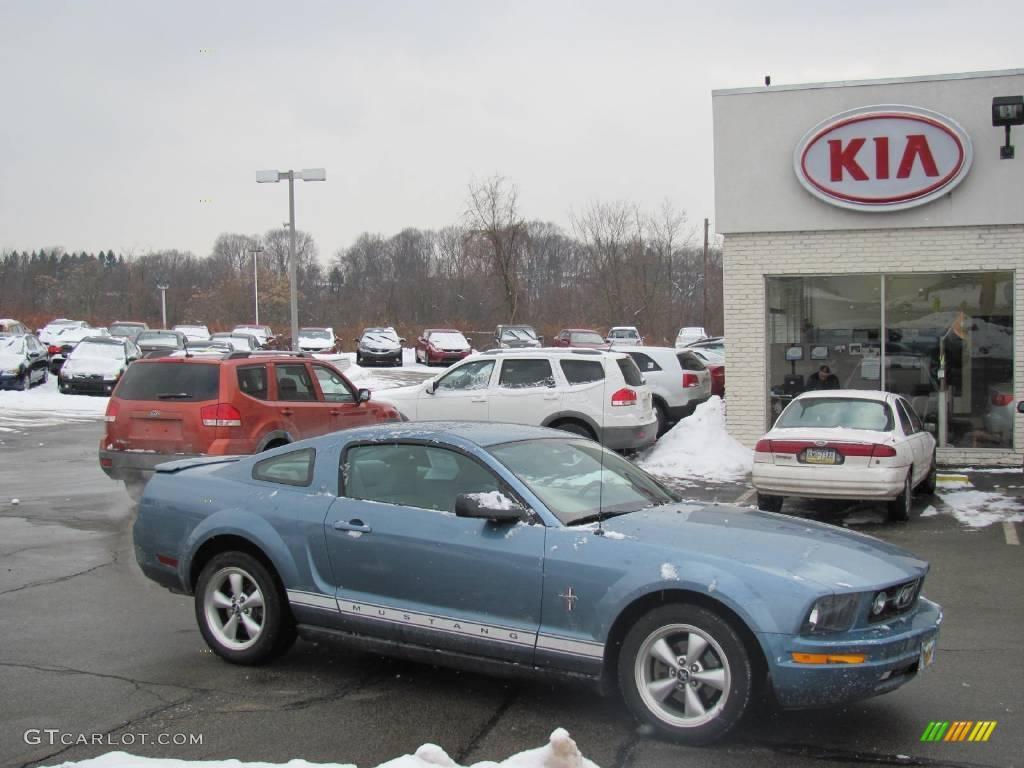 2007 Mustang V6 Premium Coupe - Windveil Blue Metallic / Light Graphite photo #1